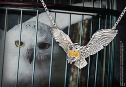 HARRY POTTER HEDWIG SILVER PENDANT