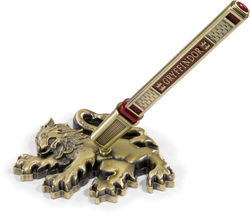 HARRY POTTER GRYFFINDOR PEN WITH DISPLAY STAND