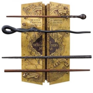 HARRY POTTER  MARAUDER MAP DISPLAY + 4 WANDS