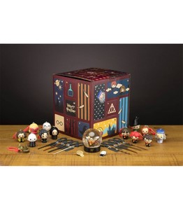 HARRY POTTER DELUXE ADVENT CALENDAR CUBE