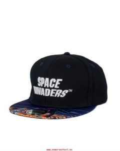 SPACE INVADERS MONSTERS LIMITED EDITION DELUXE CAP